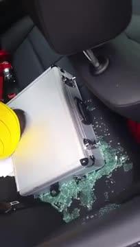 Whats in the bahhx. .. Burglars FW