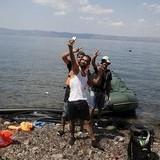 poor child refugees